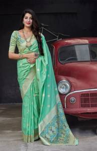 Refreshing Sea Green Color Function Wear Soft Silk Patola Banarasi Weaving Designer Saree Blouse For Women