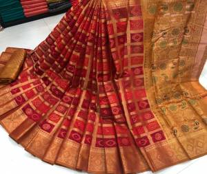 Arresting Maroon Color Festive Wear Zari Weaving Jacquard Soft Lich Silk Saree Blouse For Ladies