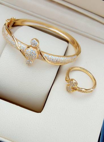 Classic Golden Colour White Diamond Bracelet & Ring KLP318