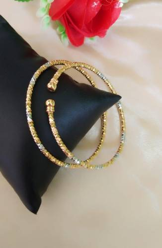 Beautiful Golden Silver Colored Artificial Bangles Set KLP382