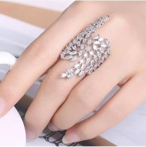 Special Silver Colored Imitation White Diamond Ring KLP418