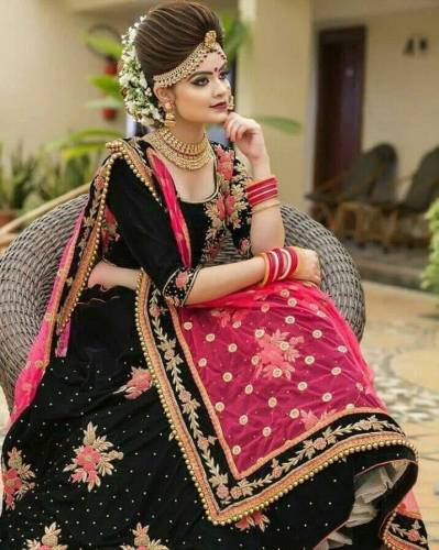 Admirable Black Color Diamond Machine Embroidered Work Velvet Tapeta Designer Lehenga Choli For Wedding Wear