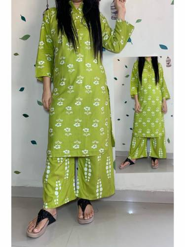 Surpassing Kelly Color Designer Rayon Hand Printed Full Stitched Plazo Kurti For Party Wear