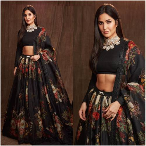 1Katrina Kaif Fame Black Color Organza Silk Printed Lehnga Choli